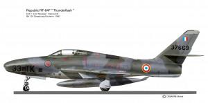 RF-84F 33-TK 2